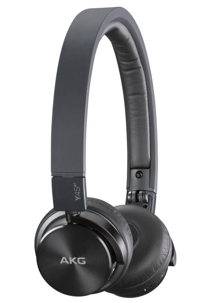 top 5 bluetooth headphones under 200 boldlist. Black Bedroom Furniture Sets. Home Design Ideas