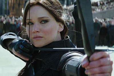 The Hunger Games: Mockingjay Part 1 - Arrow Aiming